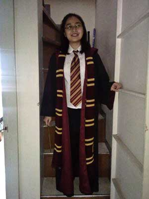 lianne simbul of hogwarts philippines accented her gryffindor student look with a scarf photo from lianne simbul