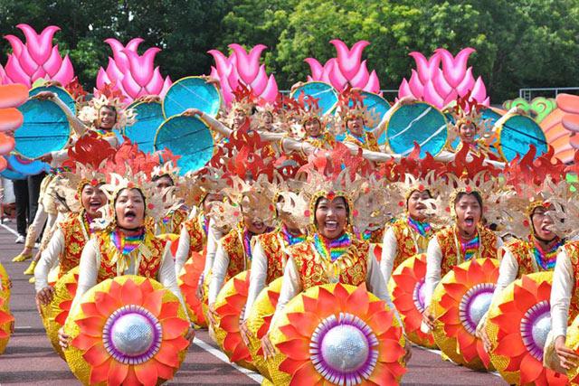 Bohol kicks off month-long Sandugo Festival | Lifestyle | GMA News ...