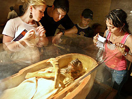Chinese teen vandalizes 3,000-year-old Egyptian relic, sparks online outrage