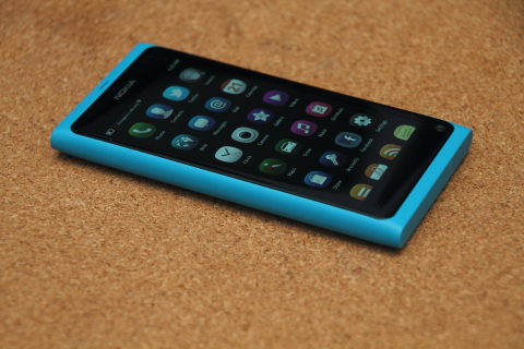 Nokia N9 review | SciTech