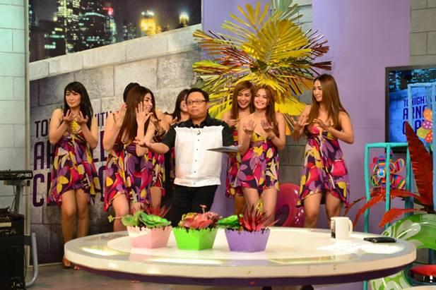 EB Babes, hahataw sa Tonight with Arnold Clavio