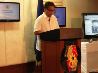 Mar Roxas says Two Serendra blast not due to bomb