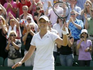 Tennis: Robson, Murray and Djokovic battle for Wimbledon Twitter supremacy