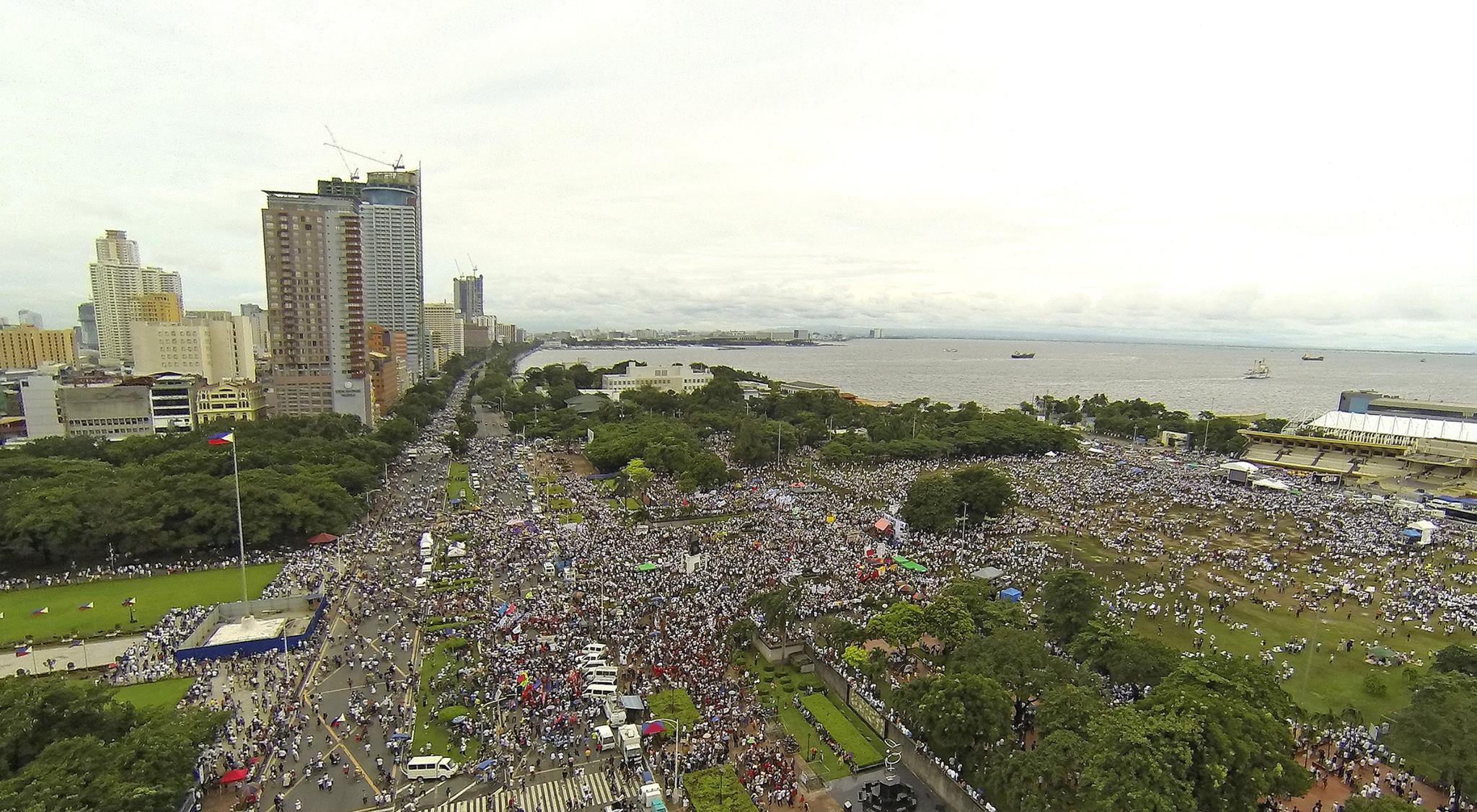 Drone Produces Memorable Aerial Photos Of Anti Pork Rally