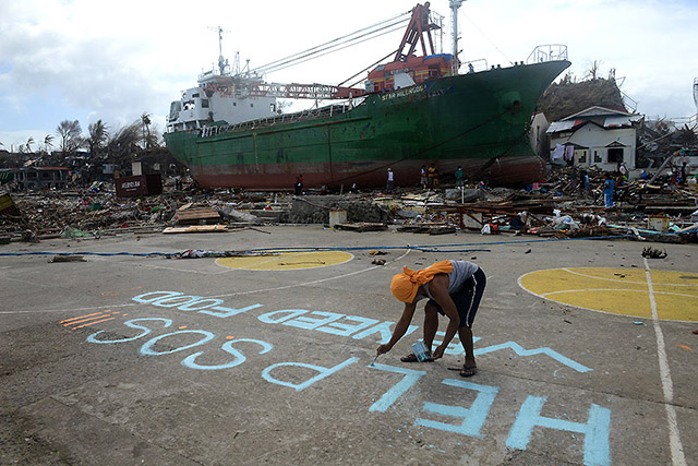 2013 Supertyphoon Yolanda, a look back | News | GMA News Online