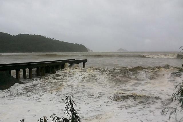 640_2013_11_08_11_16_29 - Typhoon Yolanda lashing: Images - Philippine Business News