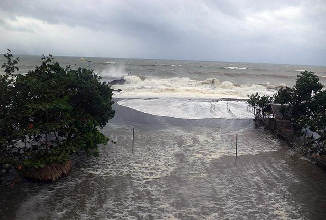 640_2013_11_08_16_16_47 - Typhoon Yolanda lashing: Images - Philippine Business News