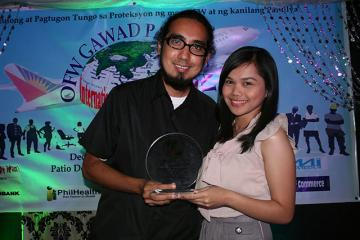 GMA News Pinoy Abroad team bags OFW award