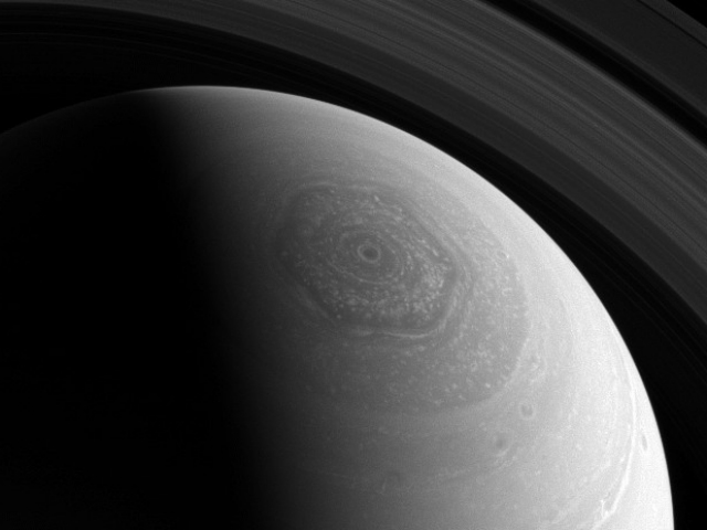 saturn u0026 39 s hexagonal jet storm could swallow the earth u2014twice