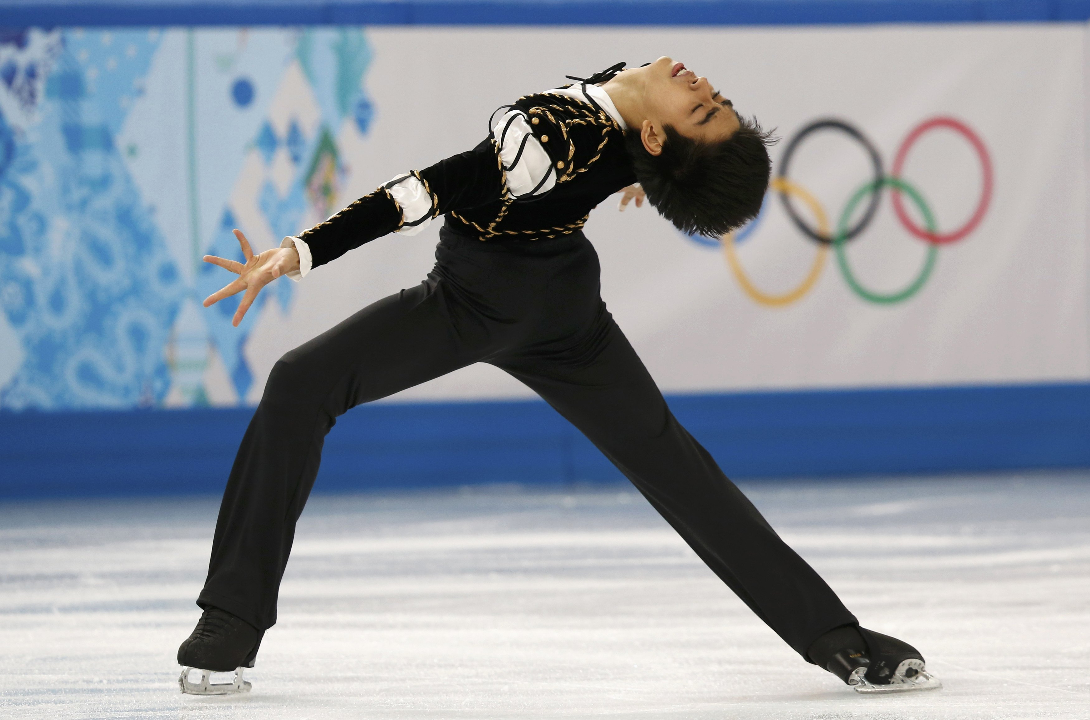 2014_02_14_00_11_20 - Pinoy Olympic figure skater now into medal round - Olympic Games
