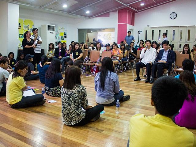 Beyond Hallyuwave: Koreaphiles take the KCC's Quiz on Korea