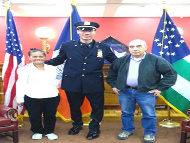 Pampanga-born Fil-Am cop makes sergeant at NYPD   News   GMA