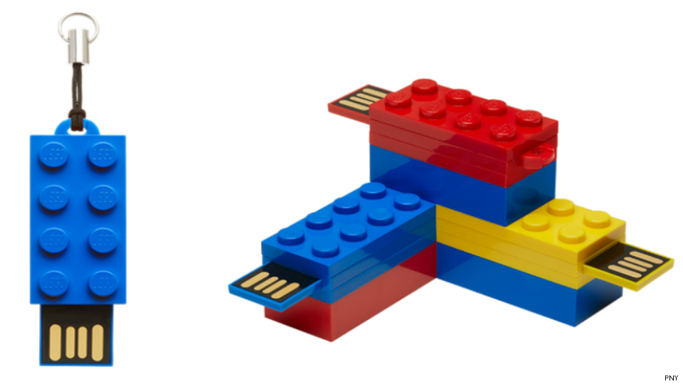 Finally, there's an official LEGO flash drive   SciTech   GMA News ...