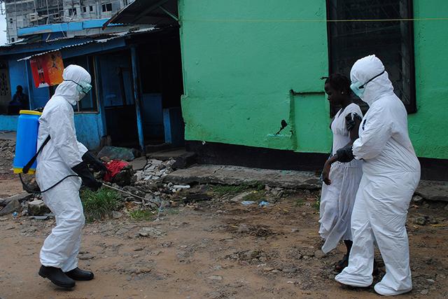 Mali confirms new case of Ebola, locks down Bamako clinic