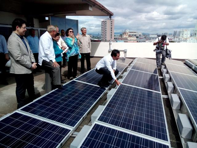 Solar Philippines To Put Up 100 Mw Solar Projects By 2015