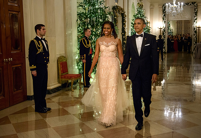 Look Michelle Obama Graces White House Gala In Monique Lhuillier News Gma News Online
