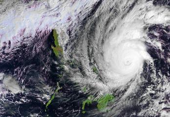 Eastern Samar starts to feel Rubys rain, winds; evacuations continue