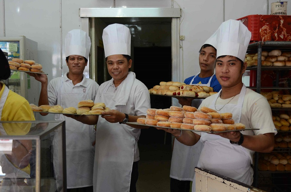 baking industry in the philippines Baking industry consumer trends — what's on the horizon american bakers association eldc, sept 19, 2014  2  mintelcom   healthier baking or dessert mixes.