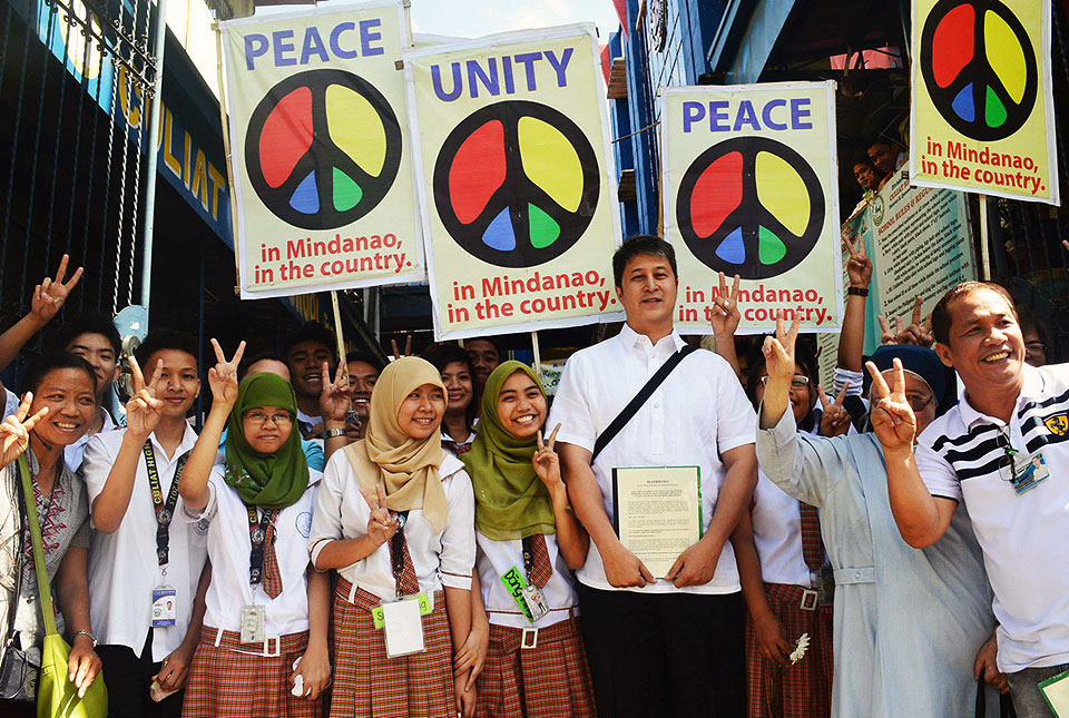 Bbl Or No Bbl Malacaang Vows To Continue Quest For Mindanao Peace