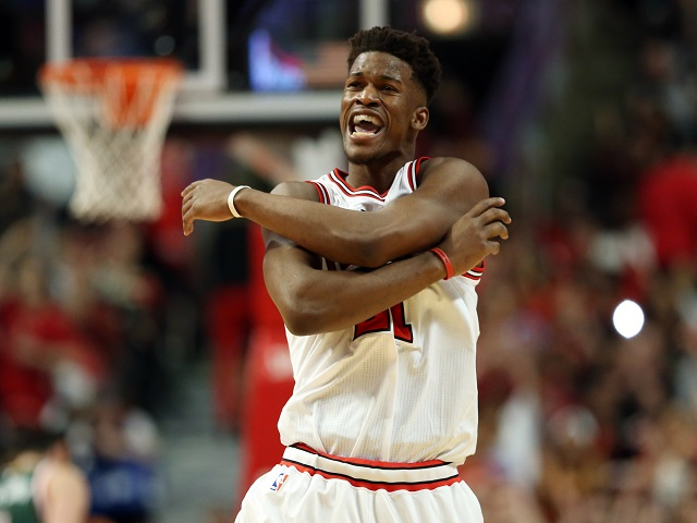 NBA: Butler, Rose lead Chicago past Milwaukee