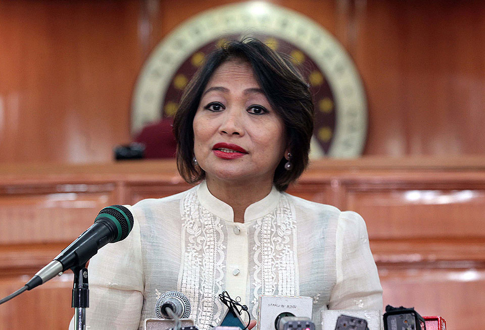 philippine economy under arroyo administration Gloria macapagal arroyo precidency 1 gloriamacapagal-arroyopresidency 2 gloria macapagal arroyo maria gloria macaraeg macapagal (born april 5, 1947) 14th president of the philippines from 2001 to 201.