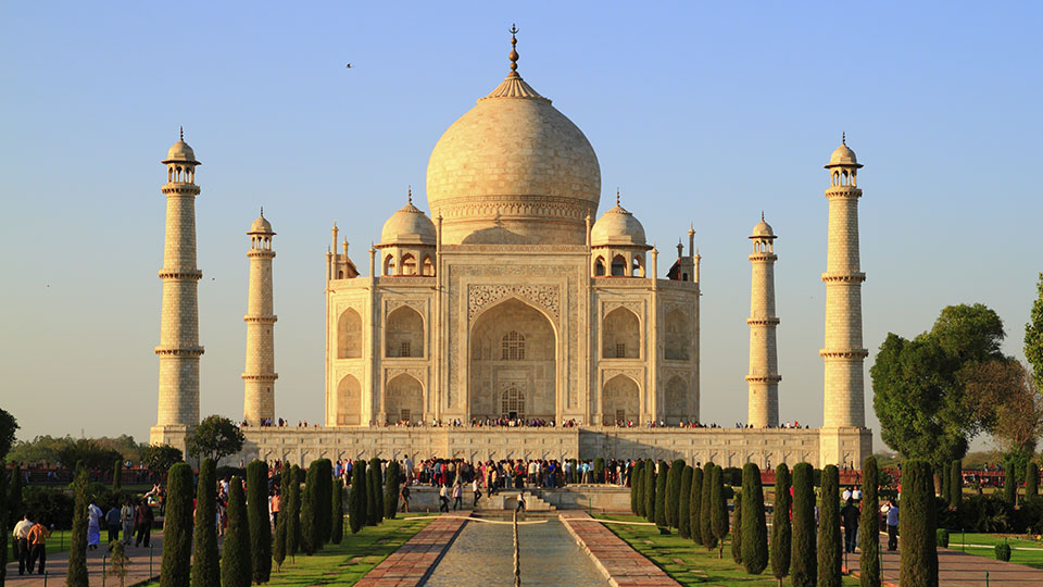Yellowing Taj Mahal To Go Under Scaffold For Mud Pack
