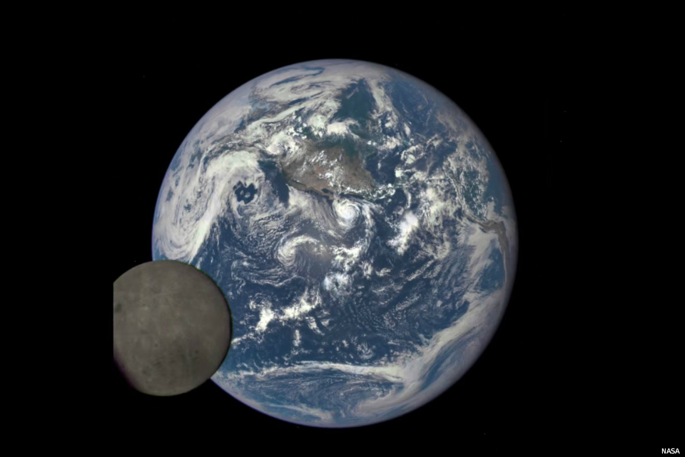 astronaut dark of the moon -#main