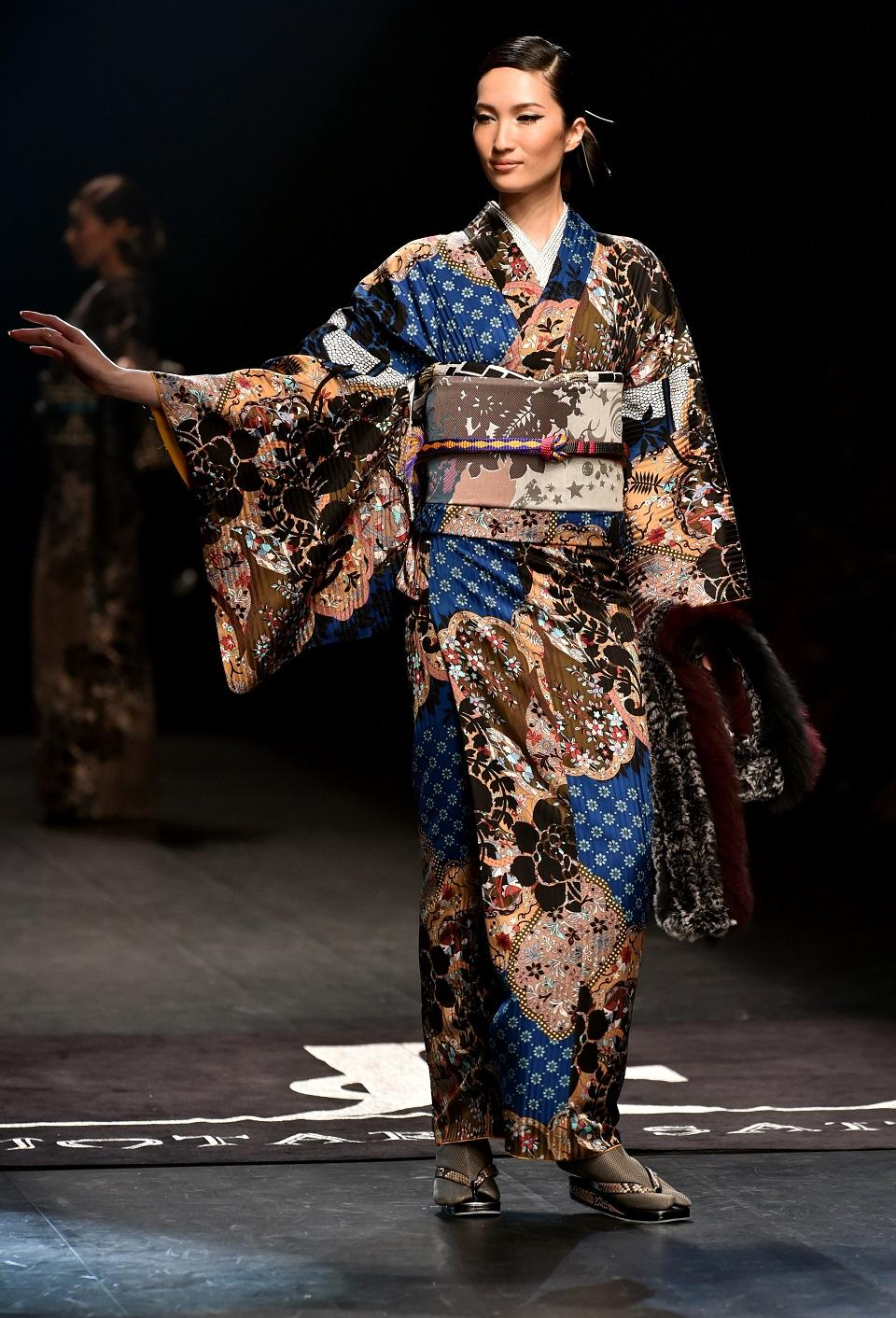 Kimonos get rock n roll makeover at japan fashion week Japanese clothing designers