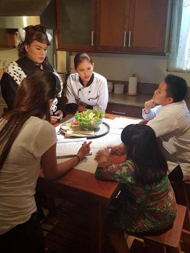 Maine Mendoza S Tv Series Debut In Princess In The Palace Princess In The Palace Cast