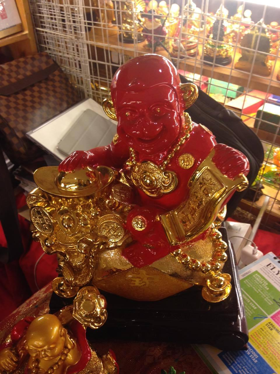 when it comes to good luck charms monkey kings are believed to attract prosperity in our house and office chi yung office feng shui