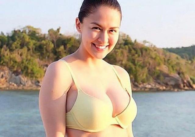 Marian Rivera Bikini Pictures, Images Photos