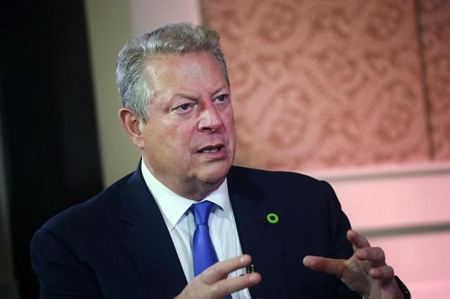 an inconvineint truth al gore Former vice president al gore stars in his second documentary, an inconvenient sequel: truth to power sooner or later, gore tweeted, climate deniers in the gop will have to confront their willful blindness to the climate crisis but skeptics of climate alarmism have their eyes wide open and don't like what they see.