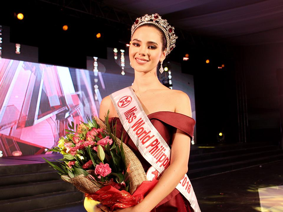 Image result for catriona gray miss world pic