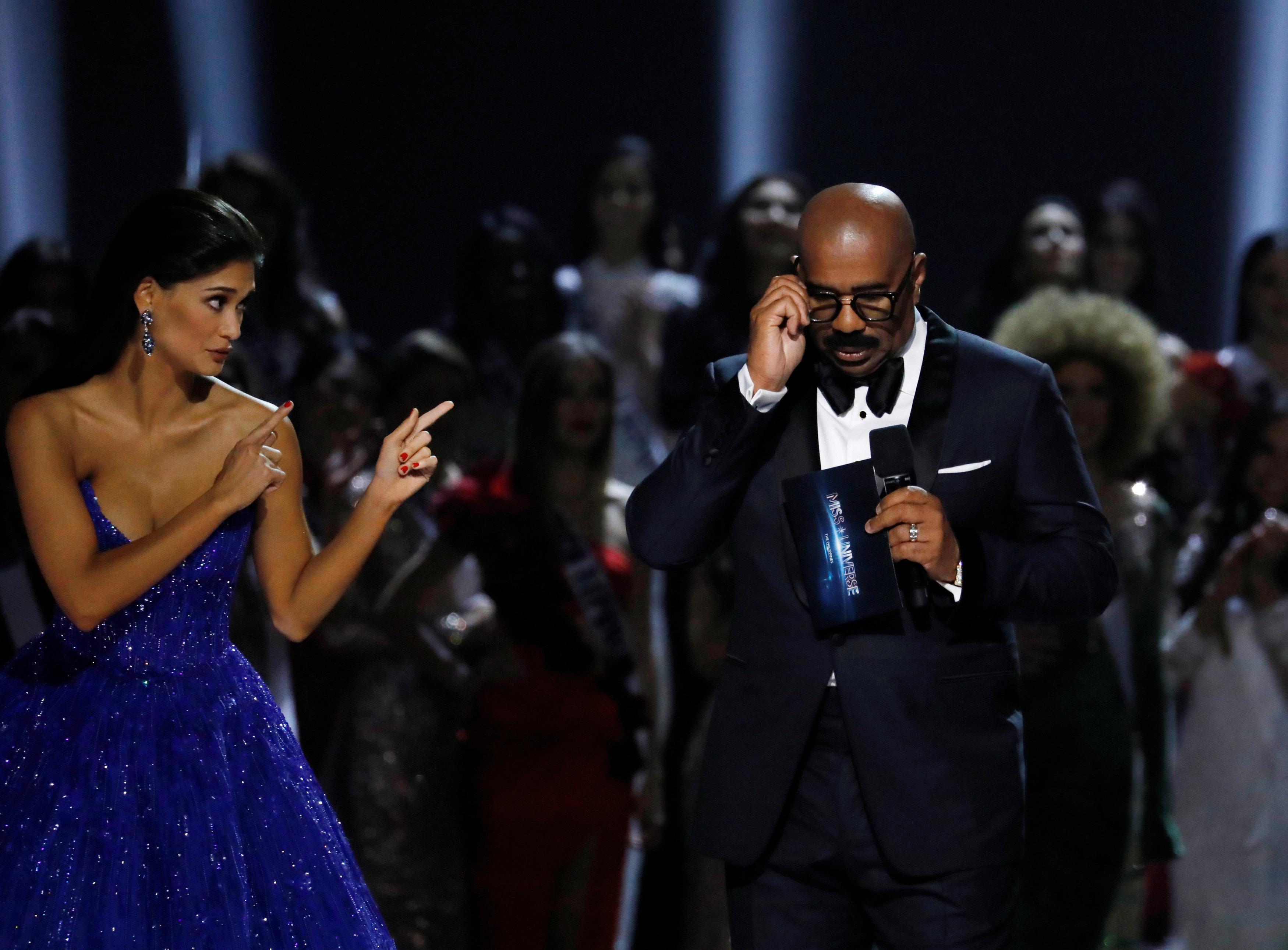 Pia Wurtzbach's final shining moments as Miss Universe