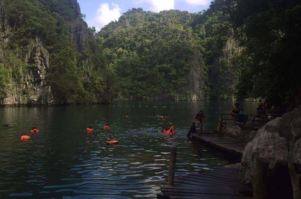 Kayangan Lake.