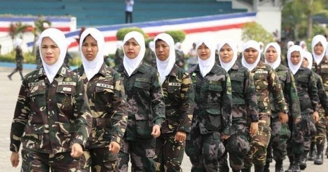 Картинки по запросу Philippine soldiers hijab