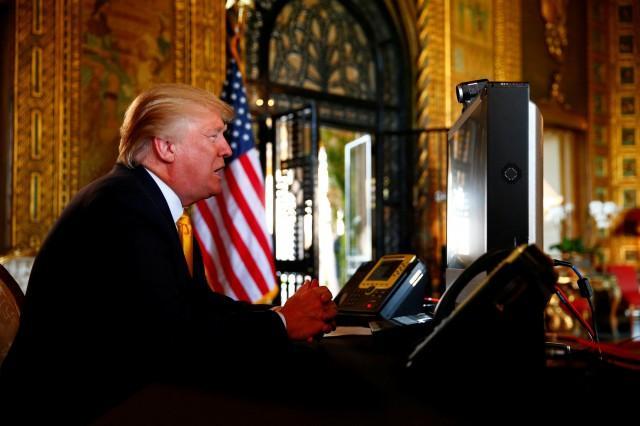 In Thanksgiving message, Trump hails military gains and 'big, beautiful, fat tax cuts' ile ilgili görsel sonucu