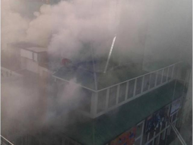 Cebu mall fire declared 'under control' | News | GMA News Online