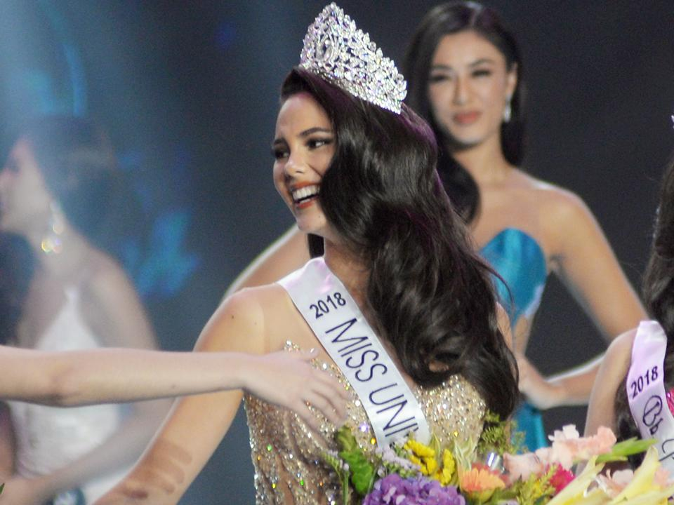 50c8a727ab0f Catriona Gray is the new Miss Universe Philippines! | Lifestyle ...
