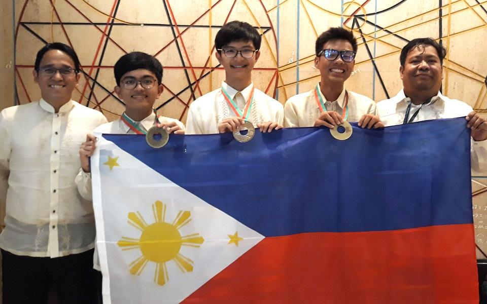 St  Jude, Pisay kids bag silver, bronze at Int'l Physics