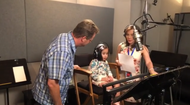 Scarlet Snow Tries Voice Acting Gets Art Lessons From Wreck It
