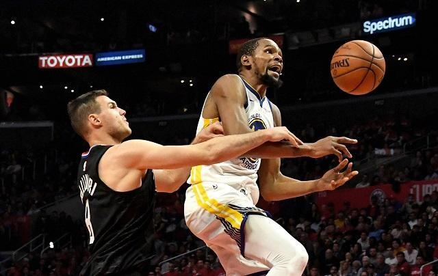 e494f820c37 Durant makes history as Warriors oust Clippers in Game 6