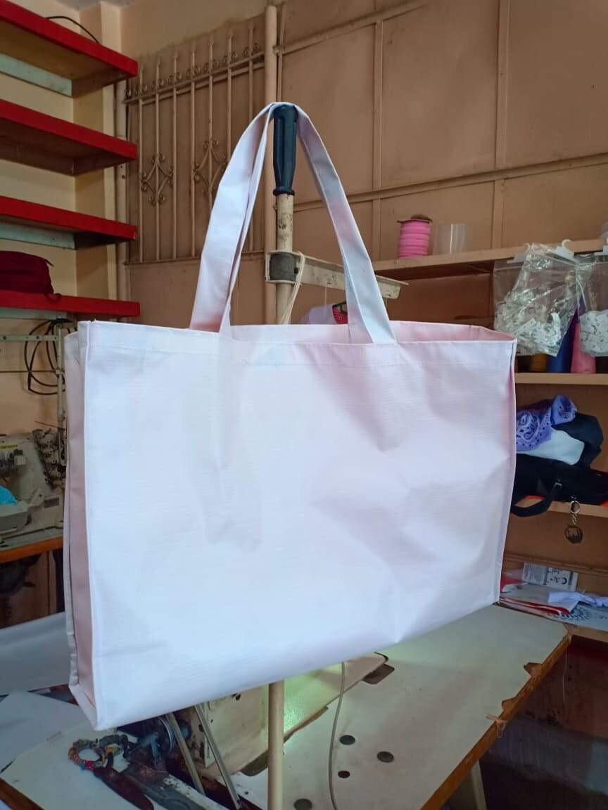 6938f0c482a Villar gifts lady senators with her tarpaulin bag | News | GMA News ...