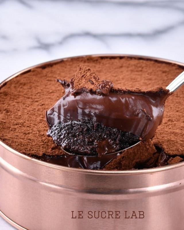 Le Sucre Lab's mindblowing and gamechanging Chocolate Dreamcake. Photo courtesy of Le Sucre Lab