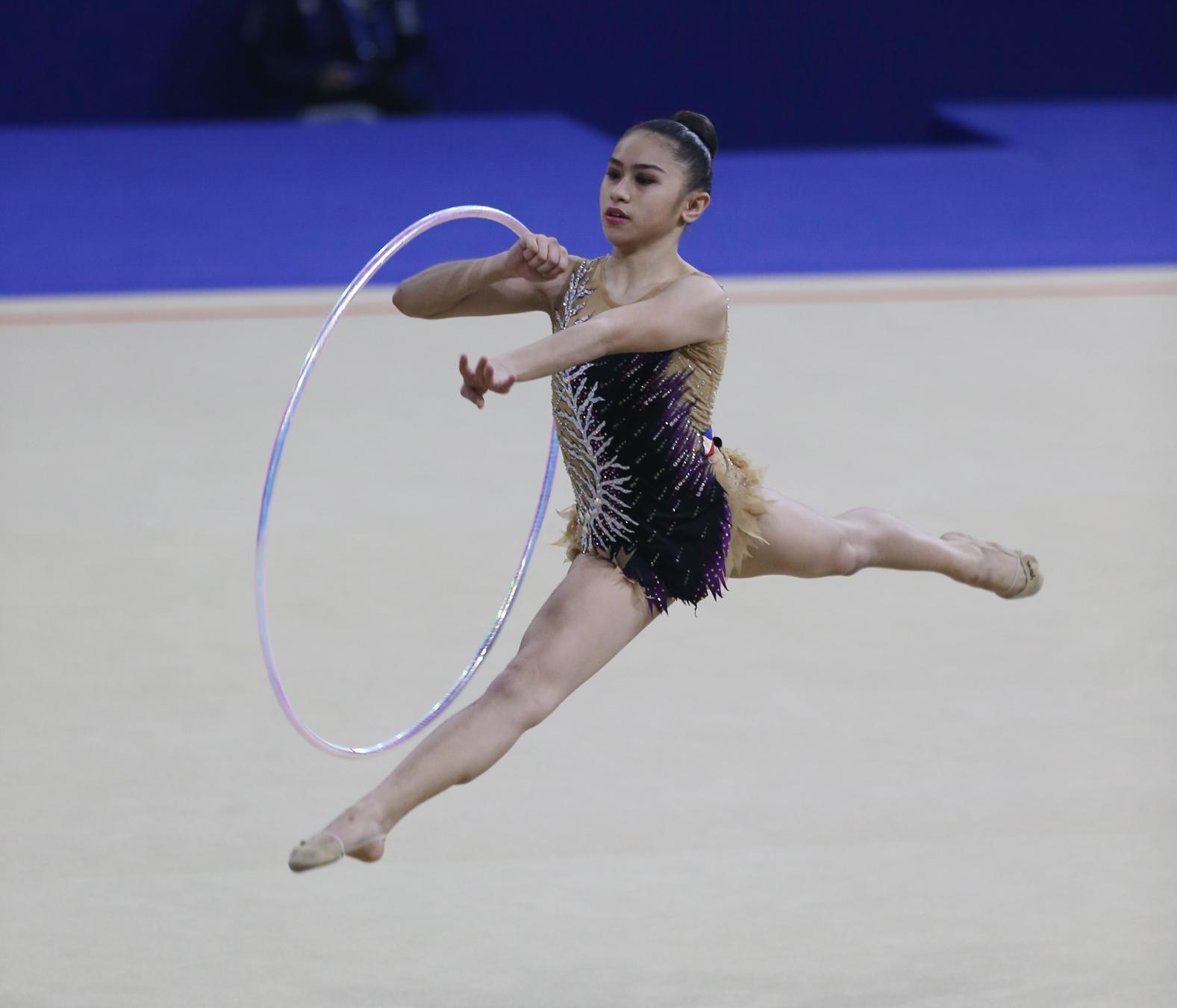 Daniela Dela Pisa Scores Phls First Gold In Rhythmic Gymnastics