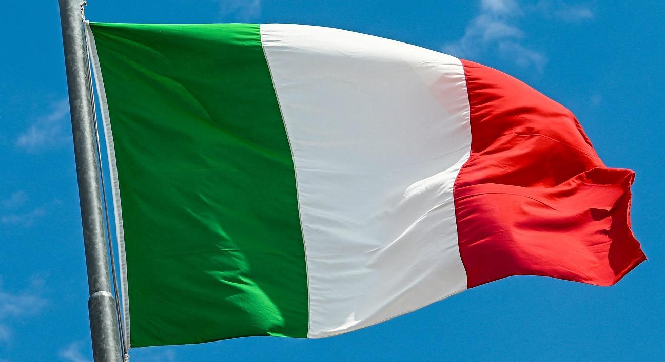 Somali Man Arrested After Stabbing Five People at Italian Resort