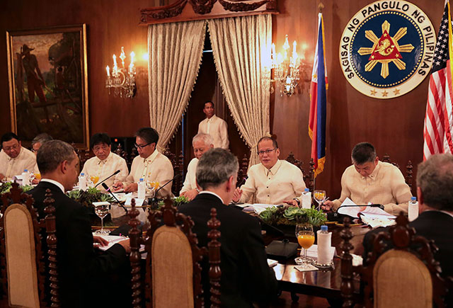 what is the presidents cabinet obama in malaca 241 ang photos gma news 28311