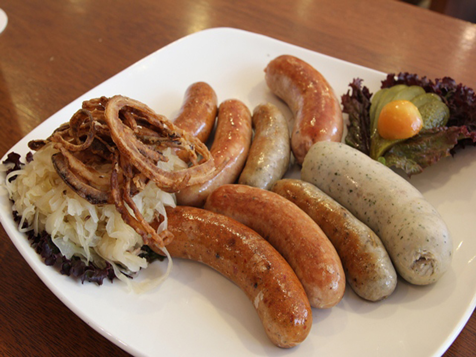 Oktoberfest in the PHL: You say sausage, I say wurst