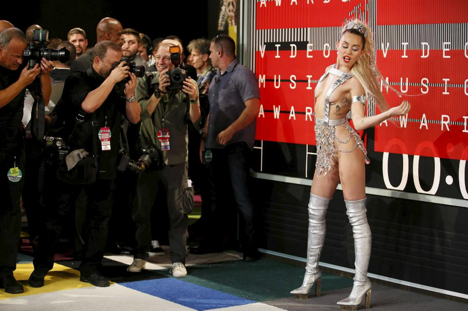 Miley Cyrus ensures all eyes are on her half-naked body at