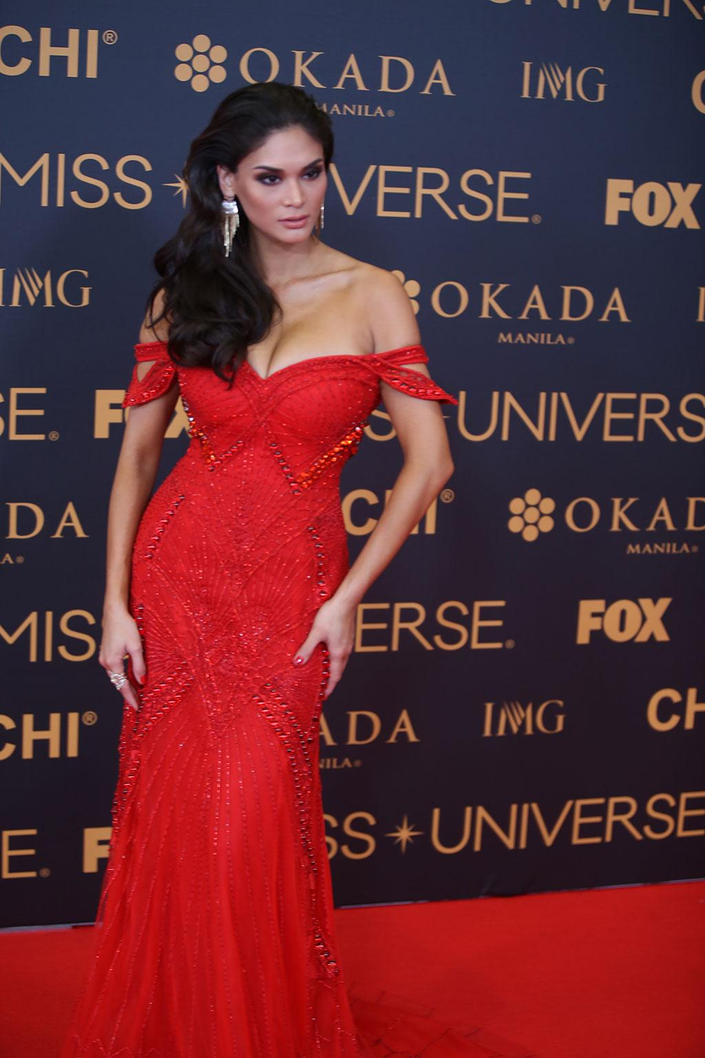 Miss Universe 2017 >> Pia Wurtzbach walks final red carpet as Miss Universe | Photos | GMA News Online